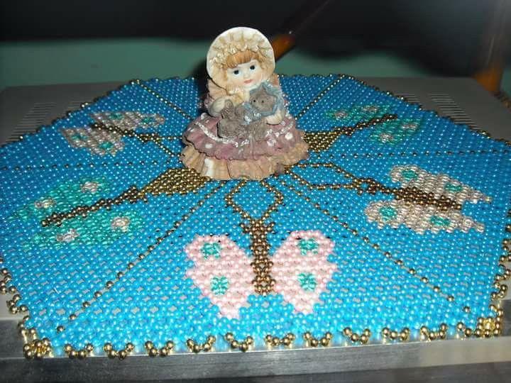 Carpeta en perlas diseño mariposas