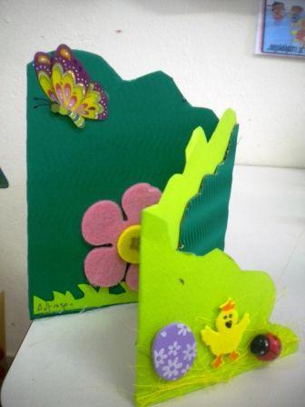 ΠΑΣΧΑΛΙΝΗ ΚΑΡΤΑ: Kartki Cards, Easter Cards, Easter Crafts, Easter Fun, Πασχαλινη Καρτα, Πασχαλιάτικες Δημιουργίες, Πασχαλινες Καρτες, Crafty Critters, Easter Ideas