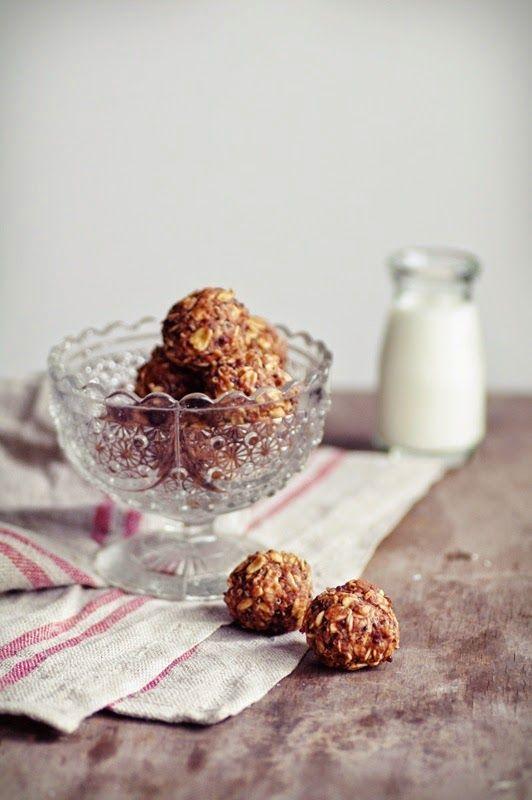I Quit Sugar - Chocolate Quinoa Balls by Chit Chat Chomp
