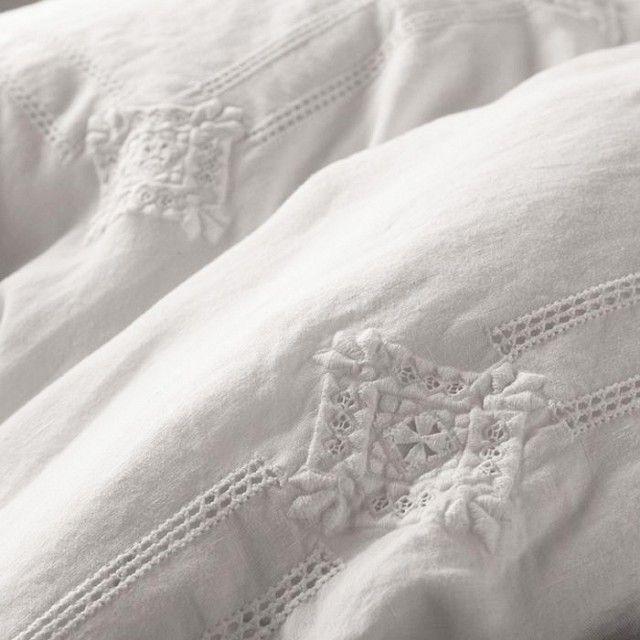 Matteo folk duvet cover: The+7+Best+White+Bedding+Sets+via+@domainehome