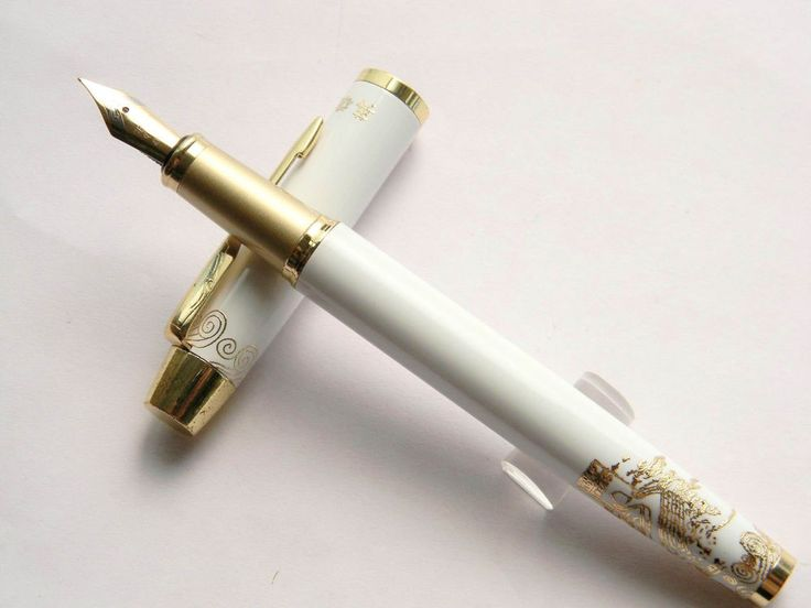 The Great Wall golden fountain pen Medium nib white hot HERO 8007 #HERO
