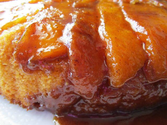 Pastel invertido de melocotones con caramelo especiado - Sin gluten, sin lactosa y sin huevo