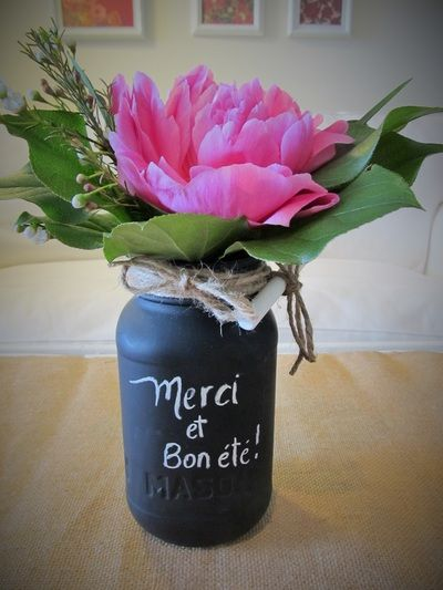 Cadeau pour remercier enseignant conçu par L'espace fleurs et déco.