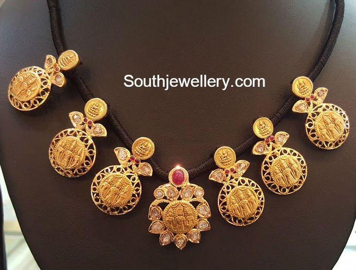 Black Dori Ram Parivar Kasu Necklace