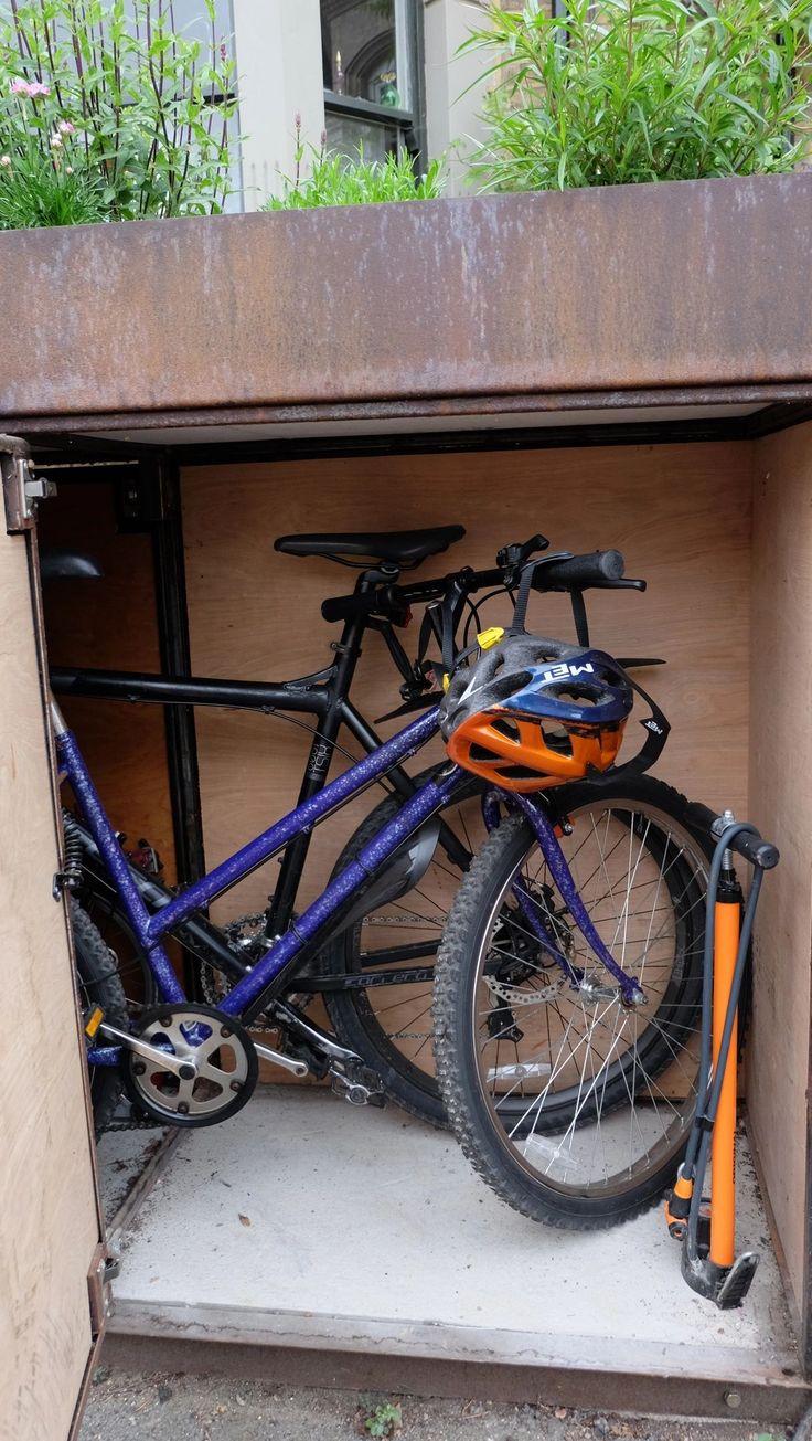 Bikebox holds up to 4 regular bikes