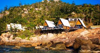 Base Backpackers Magnetic Island, Australia