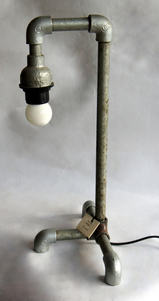 Pipe Lamp Built With Kee Klamp Fittings Industrial Pipe