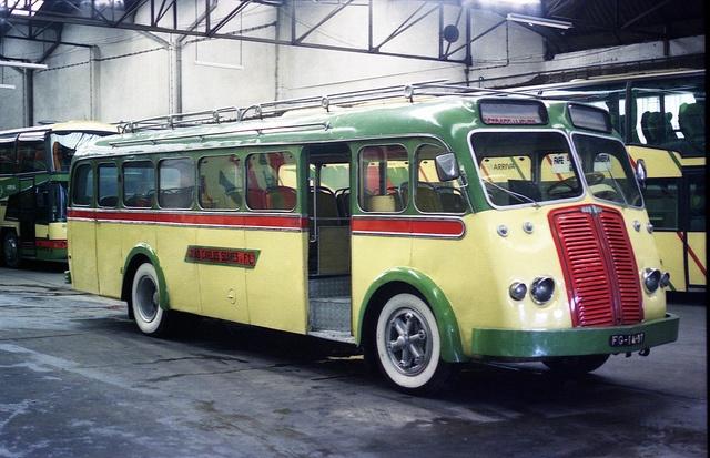 687 besten bus bilder auf pinterest busse autos und oldtimer autos. Black Bedroom Furniture Sets. Home Design Ideas
