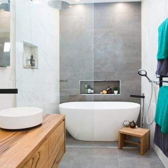 Red Team   Dane & Leanne   Bathroom   Week 2The Block Shop - Channel 9