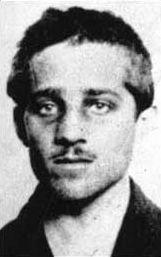 Gavrilo Princip, werd bekend als de moordenaar van aartshertog Frans Ferdinand van Oostenrijk, een daad die de directe aanleiding voor de Eerste Wereldoorlog vormde.