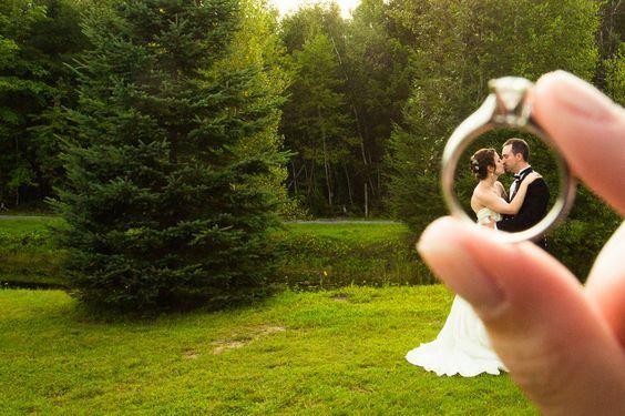 Bride and Groom Wedding Photo Ideas 25