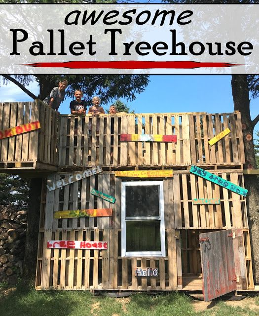 Pallet Treehouse {Creative But Blogless Friends}