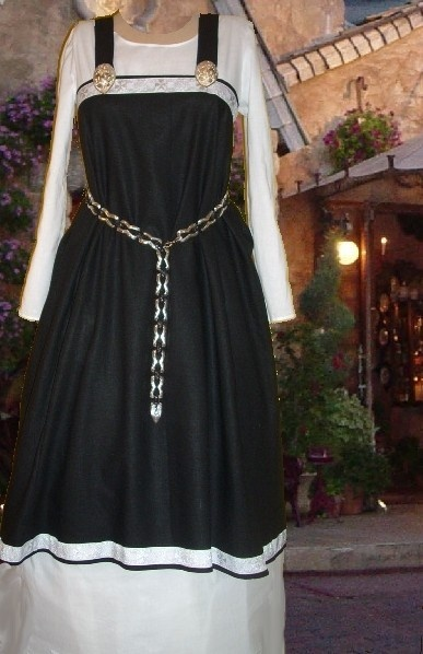 SCA Garb Medieval Norse Viking Black LINEN and by camelots0closet, $62.00