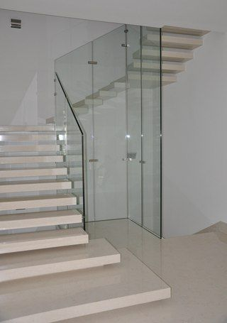 stufen holz eisen edelstahl gel nder holz glas edelstahl technische details geschosstreppe. Black Bedroom Furniture Sets. Home Design Ideas