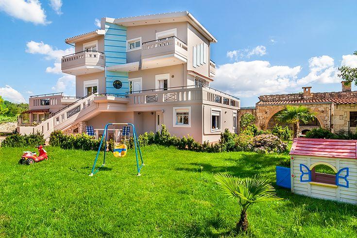 Family holiday villa in Vryses, Chania