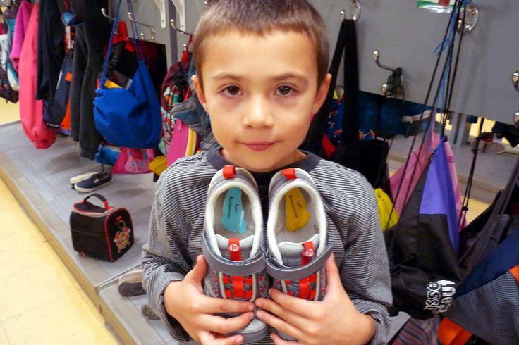 Pour ne pas perdre ses souliers, il faut bien les identifier!  www.colleamoi.com
