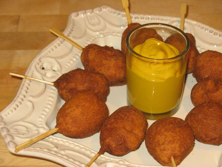 FAST AND EASY TO MAKE - Mini Corn Dogs Recipe #superbowl #party #football #game #day #snacks finger food Super Bowl #tailgate