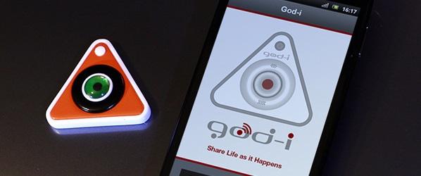 God-i to gadżet, który jeszcze raz zmusza nas do zastanowienia się, gdzie leży granica pomiędzy życiem prywatnym, a tym, czym dzielimy się ze światem przy wykorzystaniu serwisów społecznościowych.  http://www.spidersweb.pl/2013/04/god-i-indiegogo.html