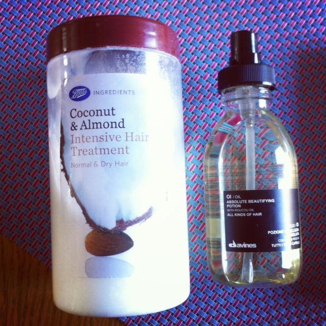 Le masque capillaire Coconut & almond intensive hair treatment de Boots