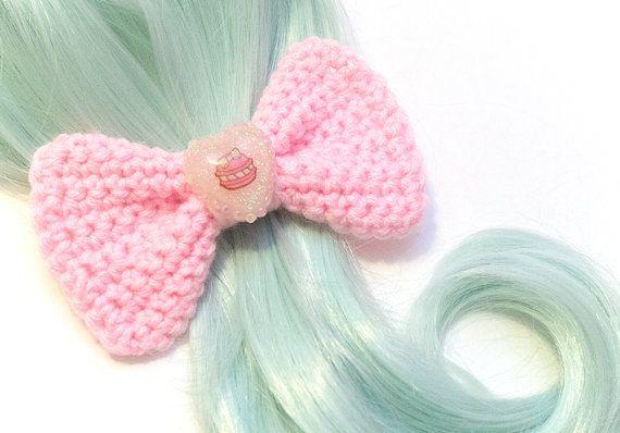 Pastel Pink Heart Macaron Hair Bow van SugarJunkieShop op Etsy, $14.00