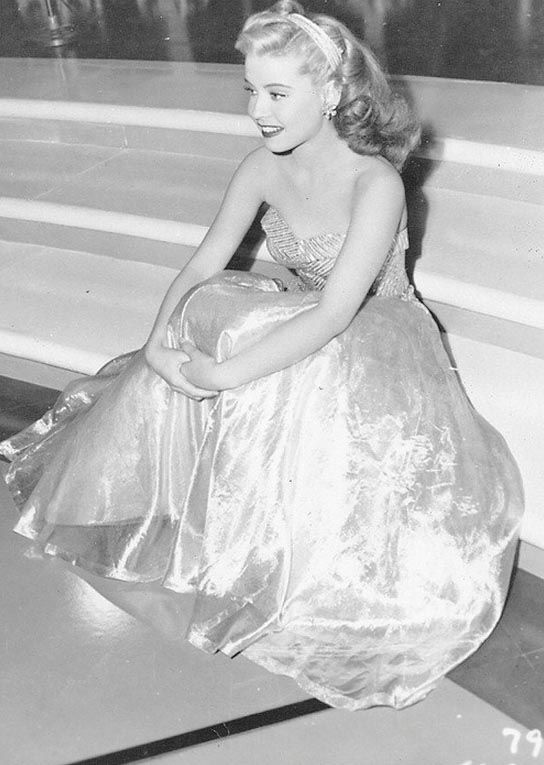 """I can picture Eunice Thompson a.k.a """"The Dancer"""" looking something like this actress. Gloria DeHaven"""