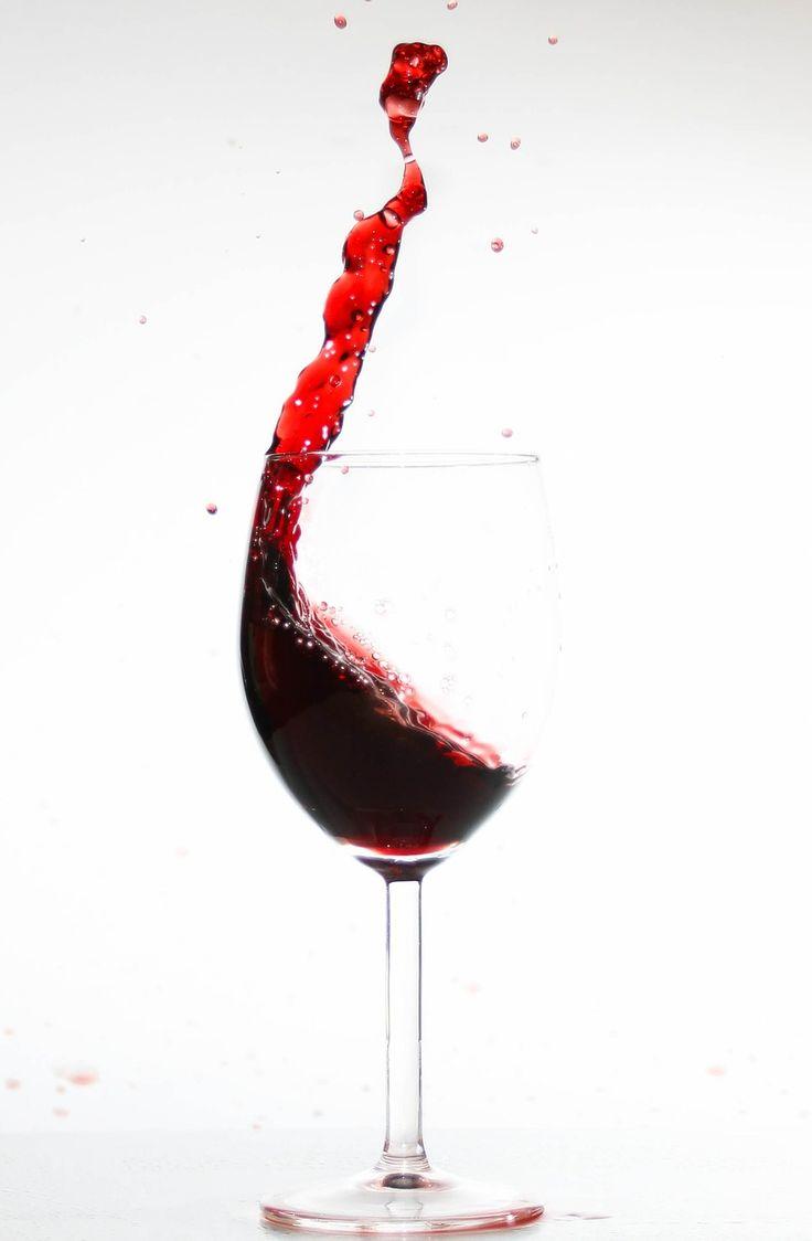 ¿No sabes como quitar manchas de vino?