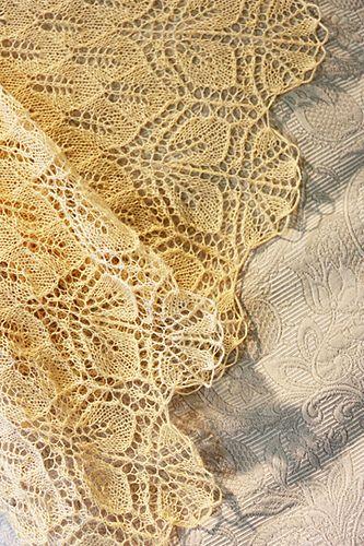 #lace #shawl #yellow