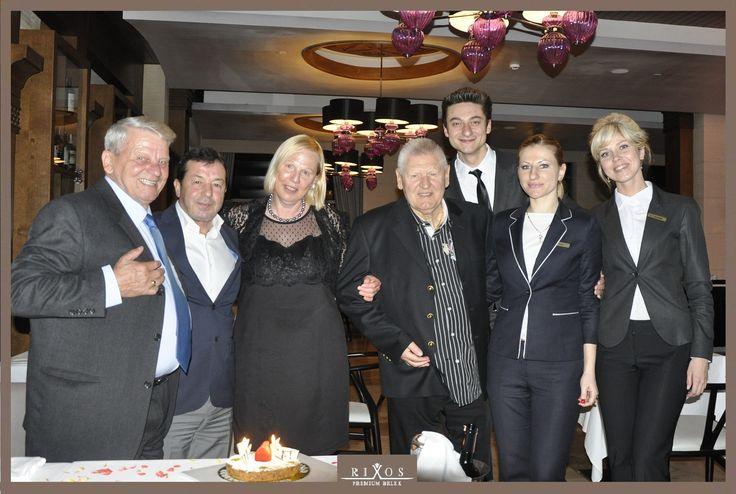 Değerli misafirimizi, ikinci evi olan Rixos Premium Belek otelimizde kutladığı, 75. Doğum Günü için tebrik ediyoruz! *** We congratulate our dear guest for his 75th Birthday which he celebrate at his second home Rixos Premium Belek hotel!