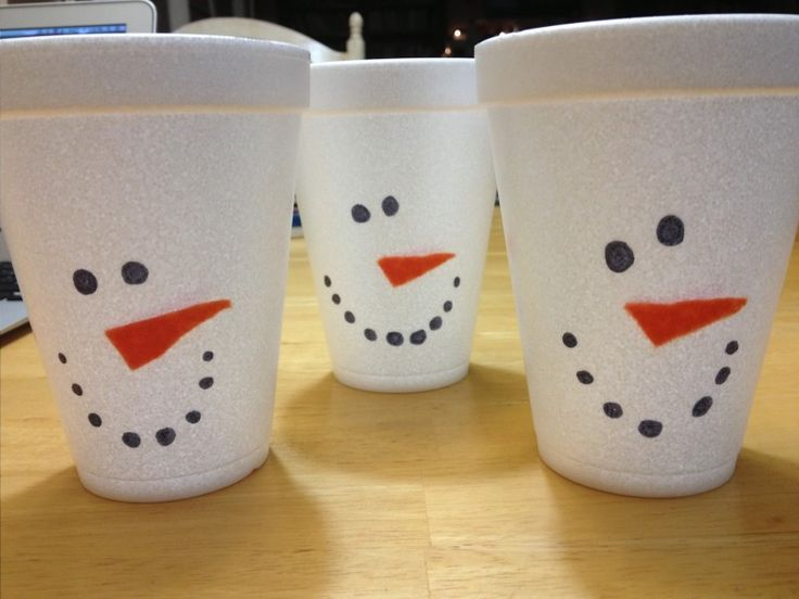 snowman styrofoam cups.  so fun and easy! lots of snowman christmas party ideas in this post.