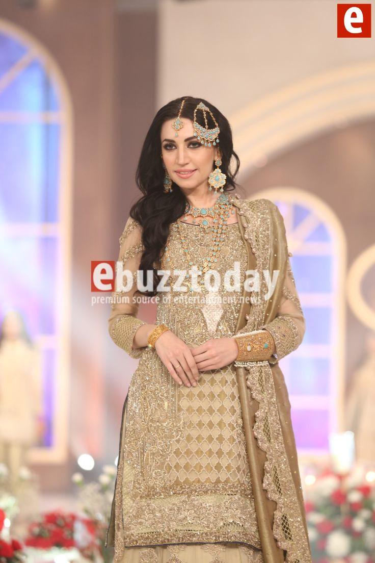 Shazia-kiyani-telenor-bridal-couture-week-2015-ebuzztoday (42)