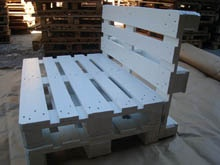simple 3 - pallet seating: Outside Benches, Pallets Benches, Pallet Benches, Decks Chairs, Pallets Seats, Diy, Art Pallets, Pallets Chairs, Gardens Benches