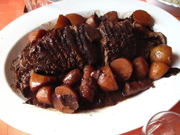 Receita de Carne assada ao molho de cerveja preta. Enviada por Juliana Britto e demora apenas 50 minutos.