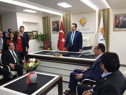 Gıda Tarım ve Hayvancılık Bakanı Faruk Çelik Eskişehir'de AK Parti İl Başkanlığı'nı ziyaret etti. [15 Haziran 2016]