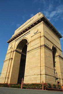 第一次世界大戦で戦死したイギリス領インド帝国の兵士を追悼するために作られた。インド門。インド 観光・旅行の見所!