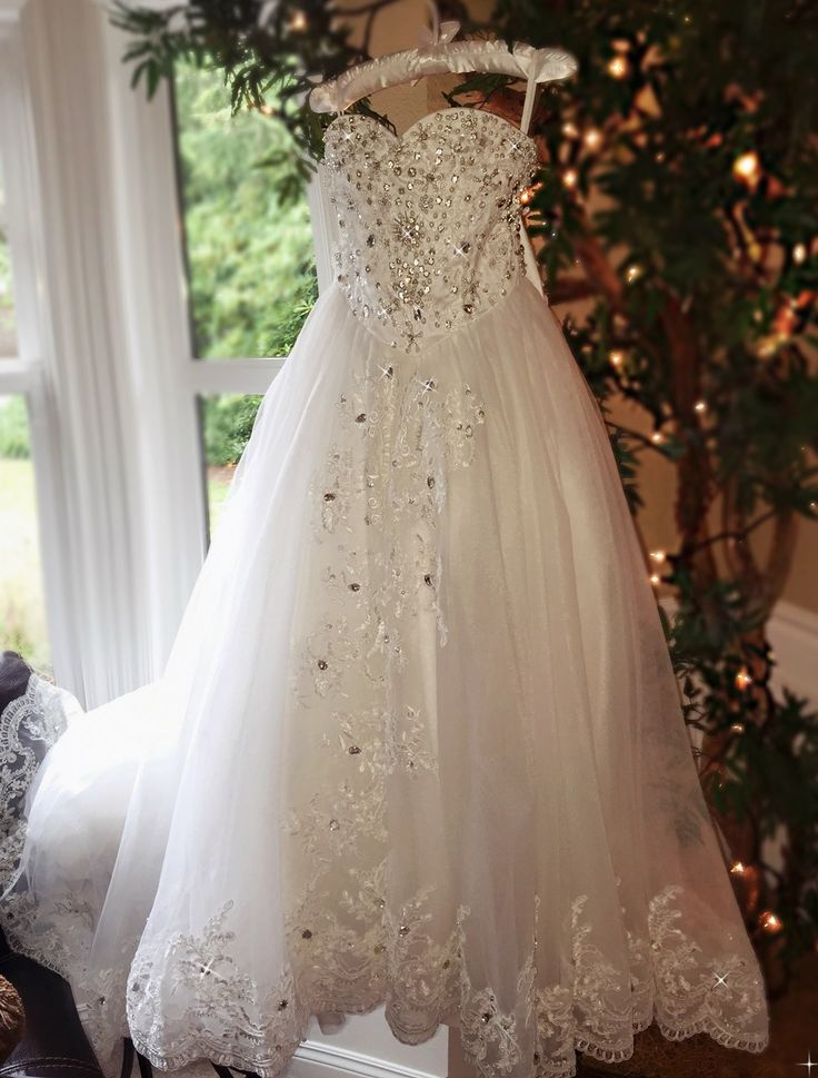 """""""Queen Of The Day""""... An Unforgettable Mini Bride Ball Gown"""