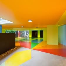 Colour blocking interior