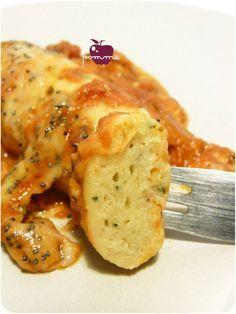 ..Quenelles à la sauce tomate et au basilic... par Mr pomme..
