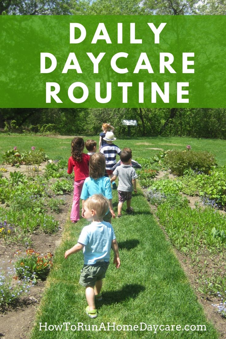 Free Daycare Routine Example.  Explains how to balance the day and meet the needs of a mixed group of babies, toddlers and preschoolers.