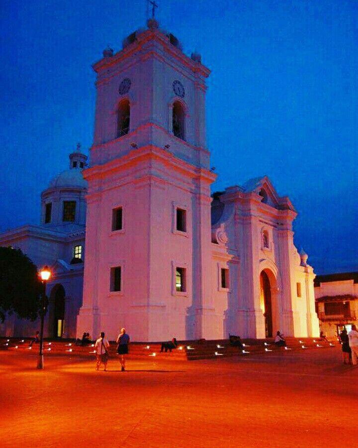 Catedral Primada en el Centro Histórico de Santa Marta Colombia
