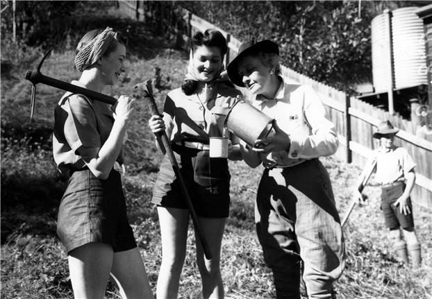17 Best Images About Queensland Women 39 S Fashion During Ww2