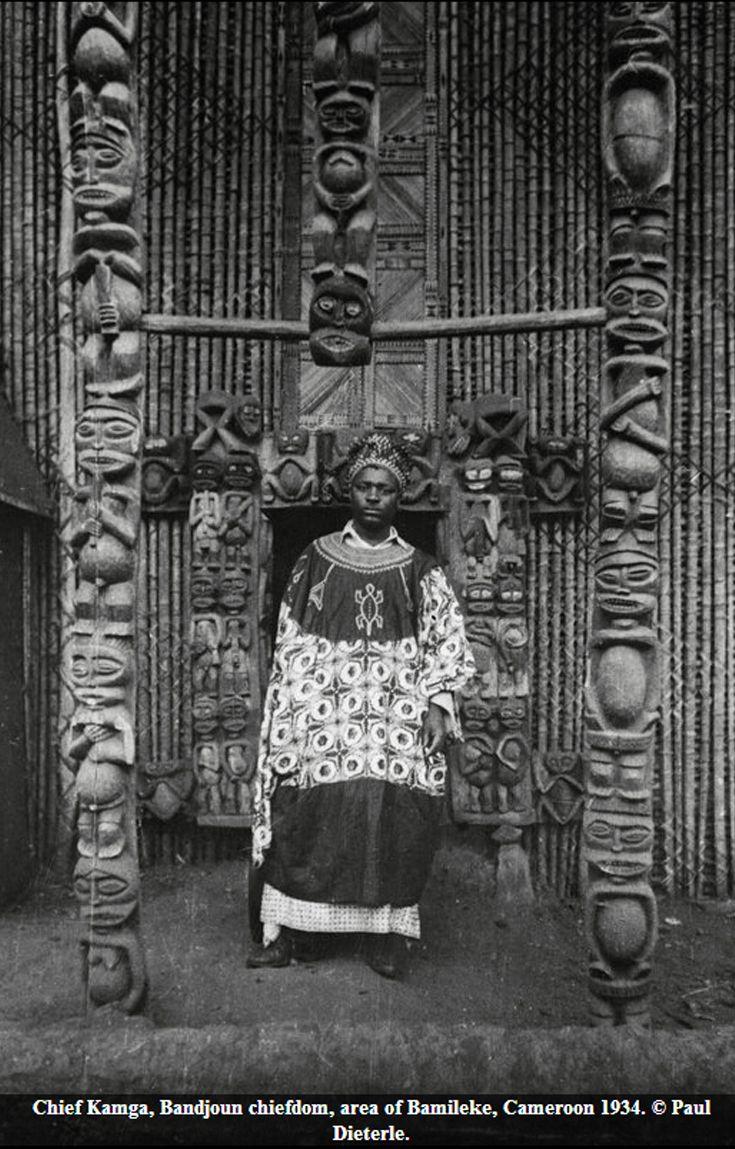 Africa | Chief Kamga, Bandjoun chiefdom. Bamileke region, Cameroon. 1934 | ©Paul Dieterle