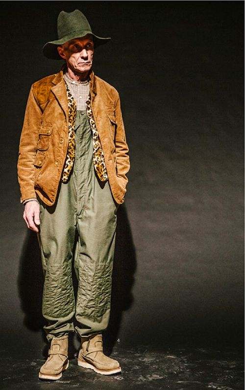 Engineered Garments AW14 Look featuring a pair of dungarees in a reverse sateen, not quite sure as to how you would pull the off but I like them regardless.