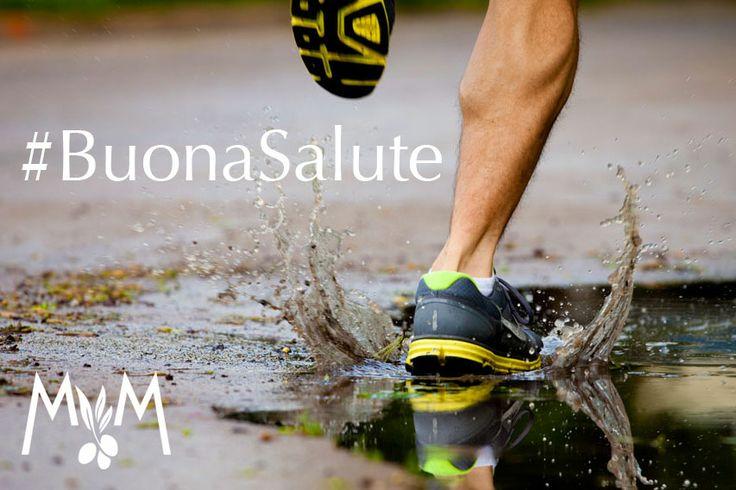 I #segreti della #buonaSalute? Un paio di #scarpe da #ginnastica e una bottiglia d'#olio Mastro Mimì. Basta poco, infatti, per #vivere #bene: un po'di attività fisica e una #dieta #equilibrata per stare in forma con #gusto.
