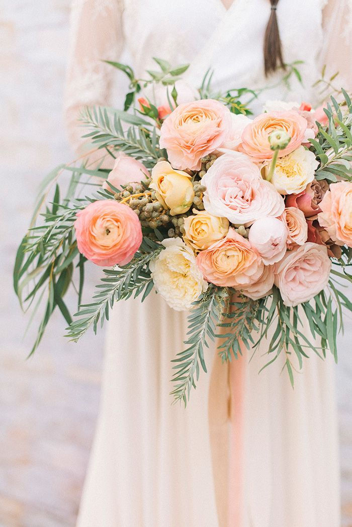 Peach Garden Rose and Ranunculus Bouquet with Date Berries