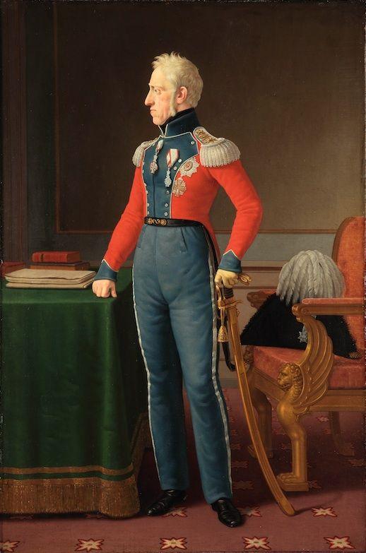 Frederik 6. er ofte som her malet i uniform. Dette portræt viser ham stående ved et bord. På bordet er anbragt dokumenter og bøger. Portrættet fremstiller dermed Frederik 6. som lærd og med militære dyder. Malet af Christoffer Wilhelm Eckersberg i 1825.