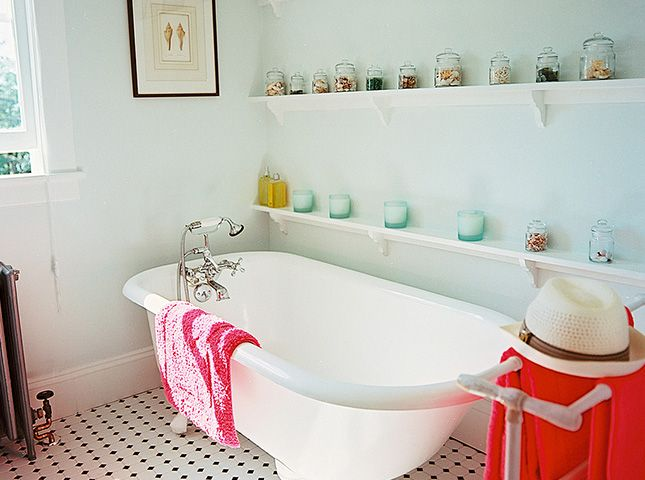 Just Call It the LOOvre! 15 Ways to Hang Art in the Bathroom via Brit + Co.