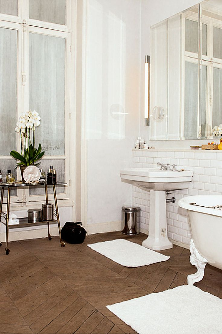 Odile Gilbertu0027s Amazing Parisian Bathroom And Beauty Routine