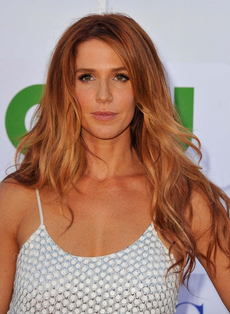 Poppy Montgomery is a wonderful actress on Unforgettable and starred on Without A Trace. She also has amazing hair.