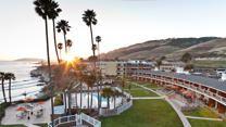 U.S. beachfront hotels under $200