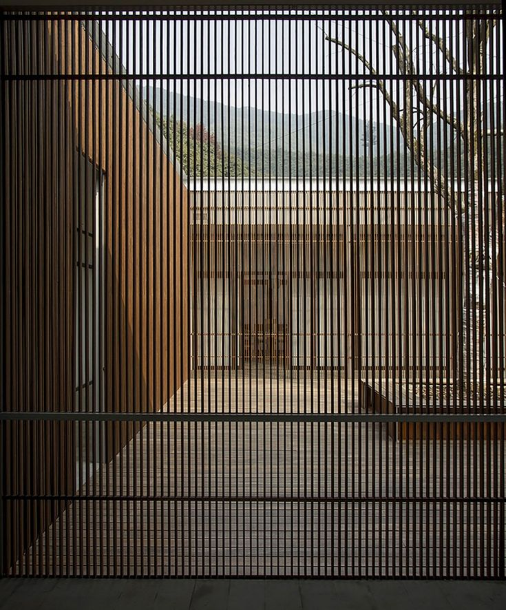 The Screen / Li Xiaodong Atelier